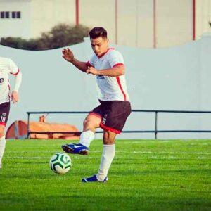 El centrocampista Lucho, procedente del Cerreño, recala en el Aroche. / Foto: @arochecf.