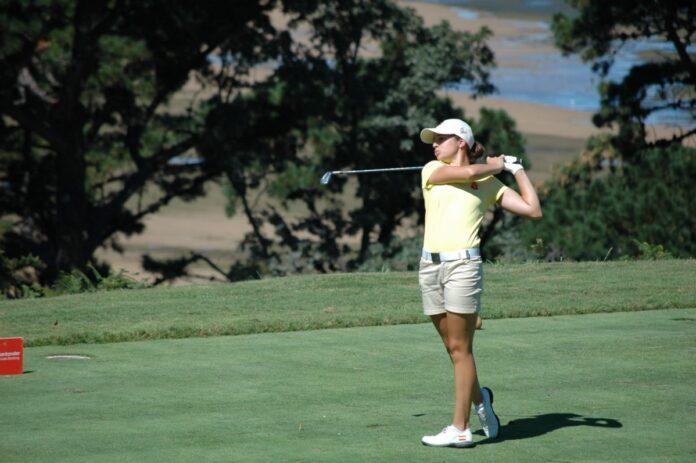 Teresa Toscano, durante su recorrido en la primera jornada del Santander Golf Tour de Pedreña. / Foto: www.ten-golf.com.