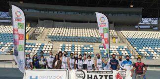 Brillante epílogo al reto solidario de 'La Ruta de las Maravillas de Huelva' en el el estadio Iberoamericano 'Emilio Martín'.