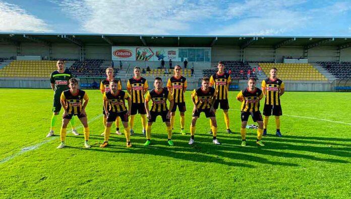 El San Roque vence en Sevilla y se encarama al primer puesto del grupo.