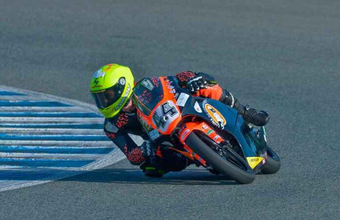 En Valencia y en Jerez Hugo terminó de probar los nuevos componentes de su motocicleta.
