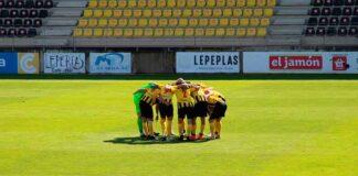 El San Roque va de menos a más en su derrota ante el AD Ceuta. / Foto: @SanRoqueLepe.