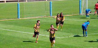 El San Roque quiere seguir dando alegrías a sus aficionados ganando este sábado en Ceuta. / Foto: @SanRoqueLepe.