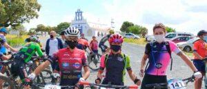 Las tres primeras clasificadas en la prueba celebrada en El Almendro. / Foto: Huelva Series XCM 2021.