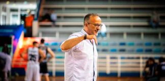 """Gabriel Carrasco, entrenador del Huelva Comercio, alerta que """"nos espera un partido muy complicado en La Zubia"""". / Foto: C. Verdier."""