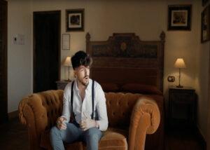 Kiko Salas en un momento del videoclip