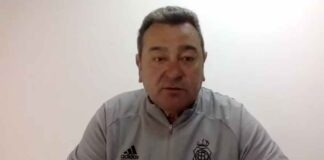 Carlos Pouso, entrenador del Recre, durante la rueda de prensa telemática de este viernes. / Foto: Captura imagen Recreativo.