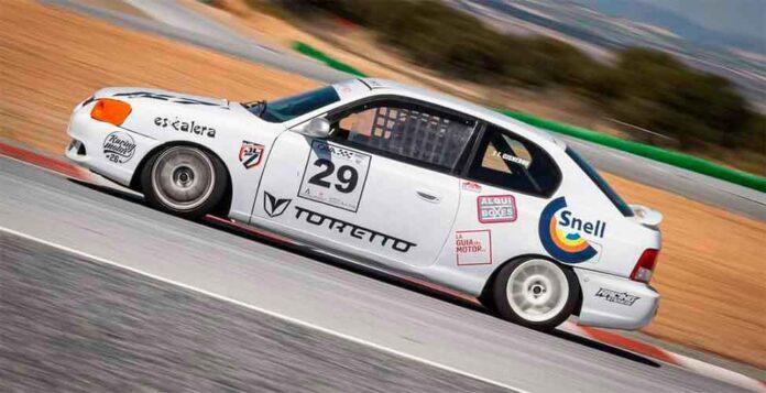 José Luis Cisneros tuvo un buen inicio del CAVA en el circuito de Guadix. / Foto: Fernando Martín.