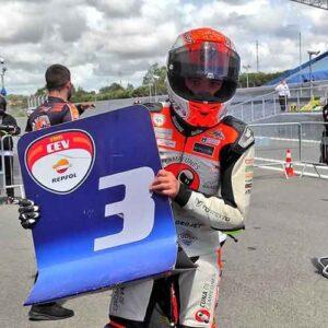 Hugo Millán acabó muy contento la prueba en Estoril donde logró un sensacional tercer puesto.
