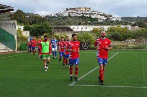 El Aroche quiere decir adiós a la categoría con dignidad y buscará puntos en La Algaba. / Foto: Sergio Lobo / @arochecf.