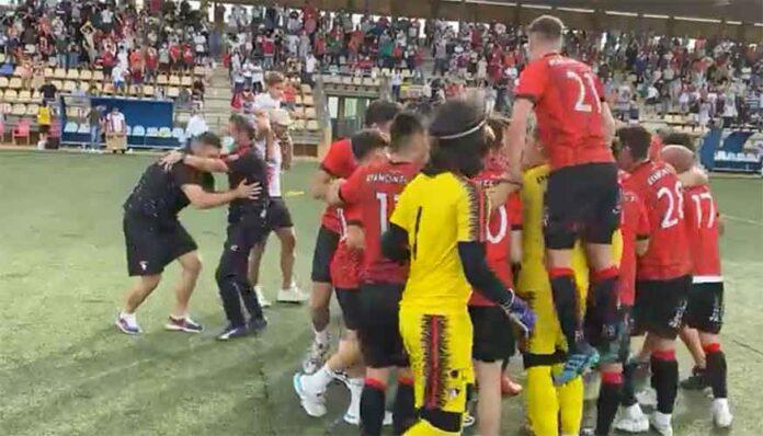 El Ayamonte será uno de los representantes onubenses en la próxima División de Honor Andaluza. / Foto: @ayamonte_cf.