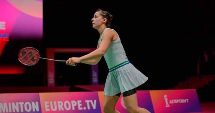 Victoria de Carolina Marín ante Neslihan Yigit en la semifinal del Europeo de bádminton.