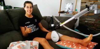 Carolina Marín, en su casa tras la operación de rodilla de hace tres semanas. / Foto: @CarolinaMarin.