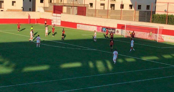 Victoria merecida de La Palma ante el Cabecense en el partido que cerró la Liga en Tercera División. / Foto: F. O.