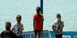 Ignacio García, plata, y Pablo Pérez, bronce, en el podio de la categoría Hombre Alevín-A.
