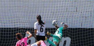 Momento del gol anotado por Jeni Morilla, a poco de saltar al terreno de juego. / Foto: www.lfp.es.