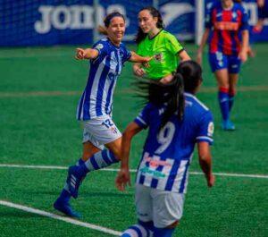 Jeni Morilla abrió el marcador para el Sporting en su partido en Éibar. / Foto: www.lfp.es.