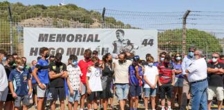 Los padres de Hugo Millán, Kike y Ana Belén, estuvieron en el homenaje que tributó la FAM a su hijo. / Foto: Álvaro Rivero / Circuito de Jerez.