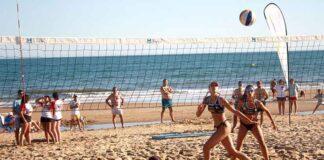 Buen nivel en la primera cita en Islantilla del XXIII Circuito Provincial de Voley Playa de Diputación.