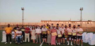 El Ayuntamiento de la localidad tributó un merecido homenaje al Beas CF tras su ascenso a la Primera Andaluza.