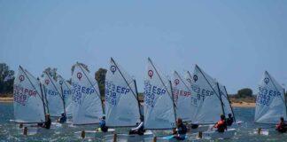Fueron 60 los barcos que tomaron parte en la XLIV Regata Ciudad de Huelva de la clase óptimist.