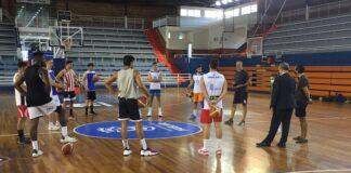 Un momento de la charla previa de Gabriel Carrasco en el inicio de los entrenamientos del CDB Enrique Benítez. / Foto: @CDB_EBenitez.