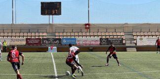 Confirmar en Chiclana el buen inicio liguero, el reto del Ayamonte de Alejandro Ceballos. / Foto: G. M. S.