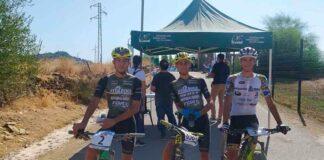 David Pereira, Alberto Barroso y Manuel Palanco, los tres primeros clasificados en Calañas. / Foto: Huelva Series XCM 2021.