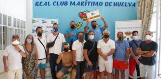 Los diversos ganadores de los concursos de pesca del Real Club Marítimo de Huelva.