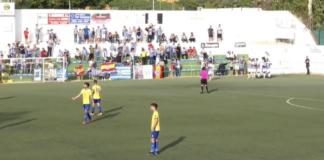 Los jugadores del Recre celebran el gol de Víctor Barroso que en ese momento era el 0-1 / Foto: Captura imagen Teleonuba.