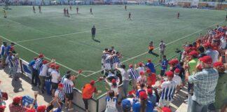 Alegría tras el segundo gol, éste de Juan Delgado, con el que se sentenció el choque. / Foto: G. J.